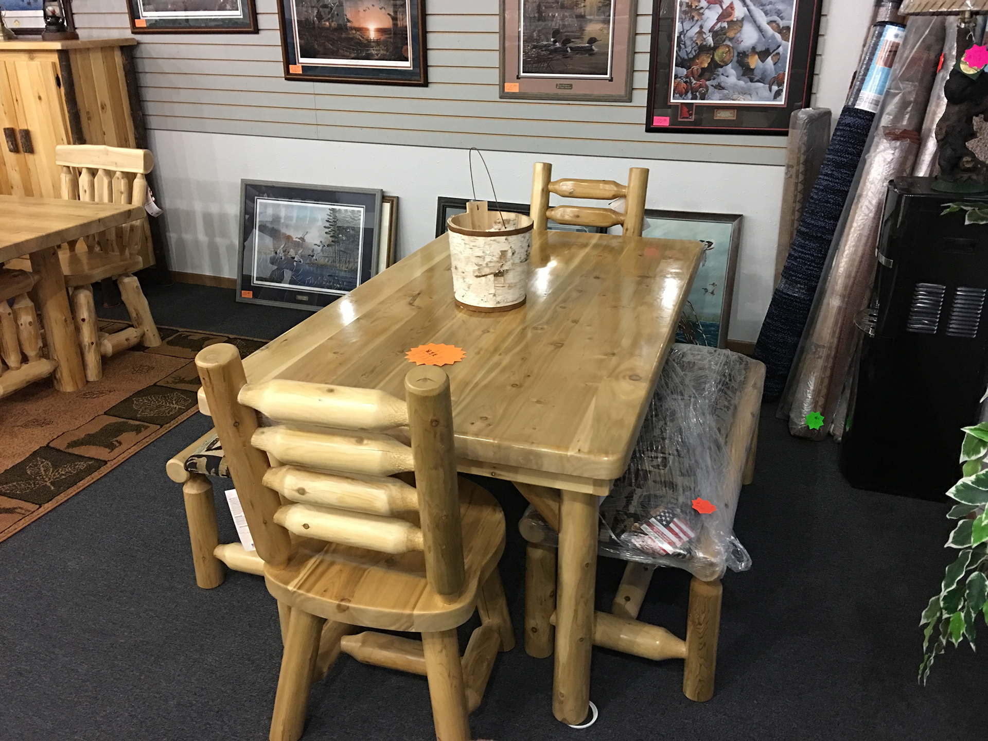 holiday-furnishings-dining-table-chairs