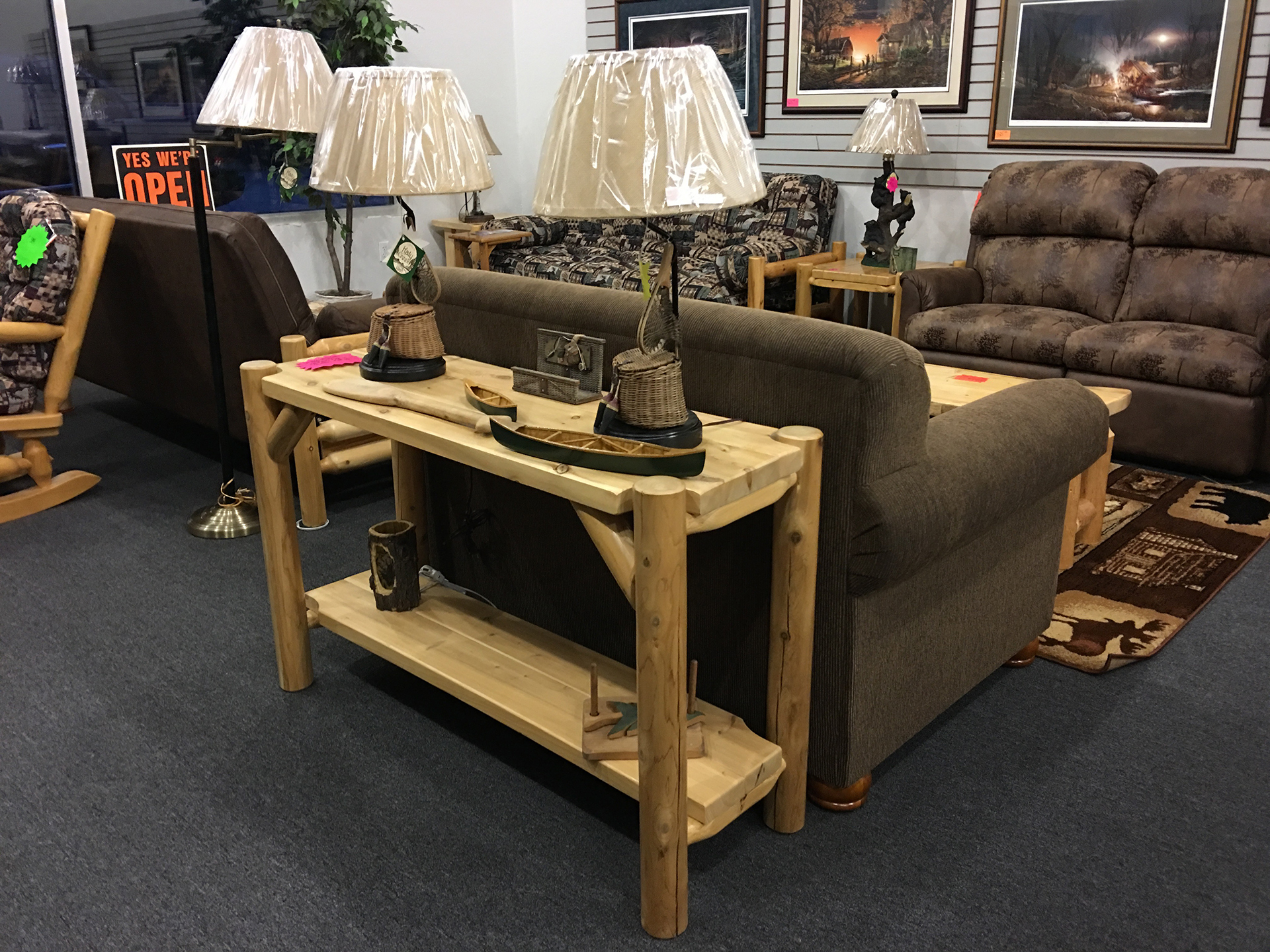 holiday-furnishings-wood-sofa-table