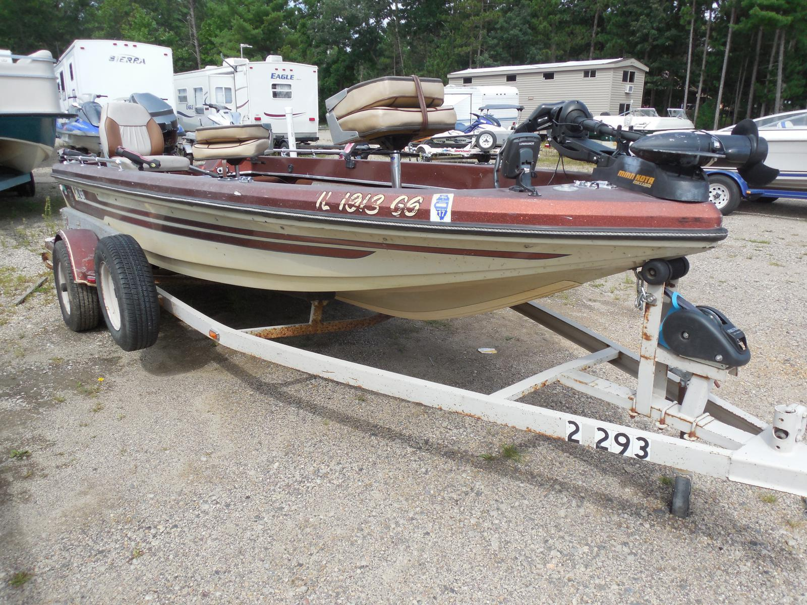 holiday-shores-boat-sale