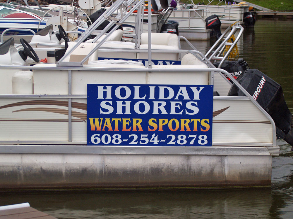 holiday-shores-watersports-pontoon-sign