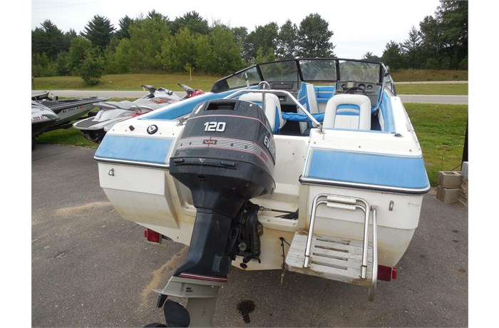 holiday-shores-boat-sale-3