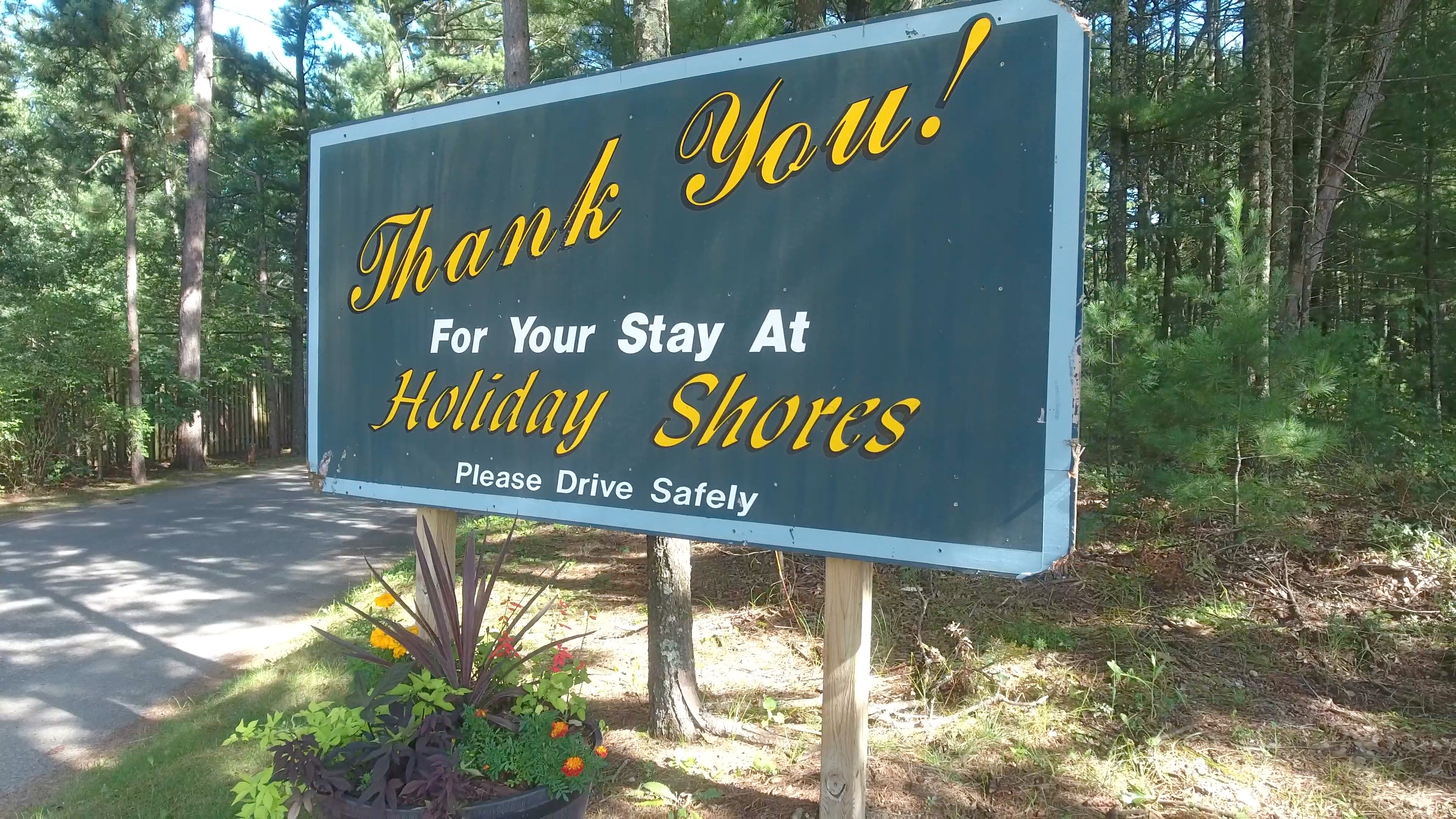 holiday shores thank you sign
