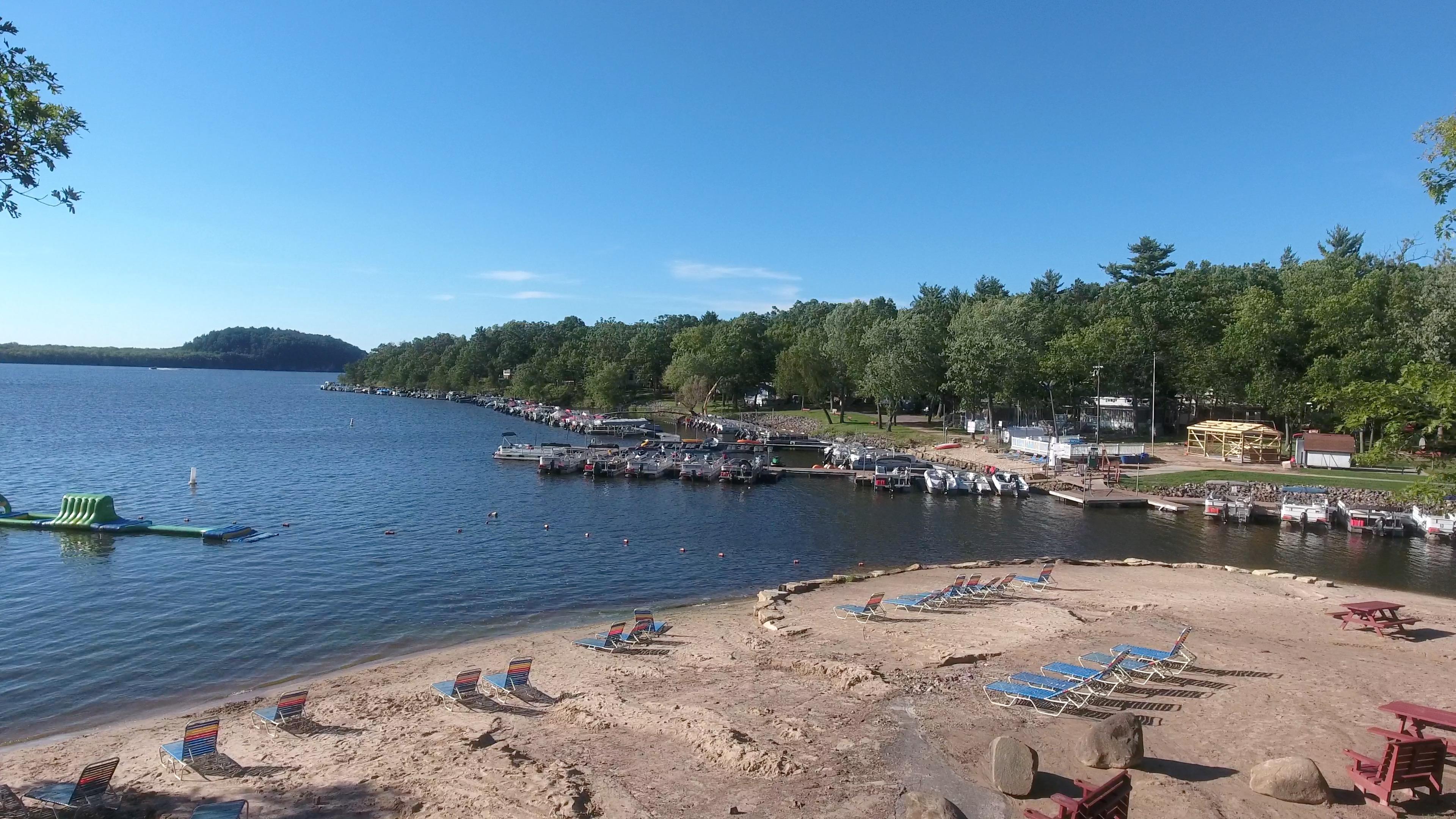 holiday-shores-beach-dock-2