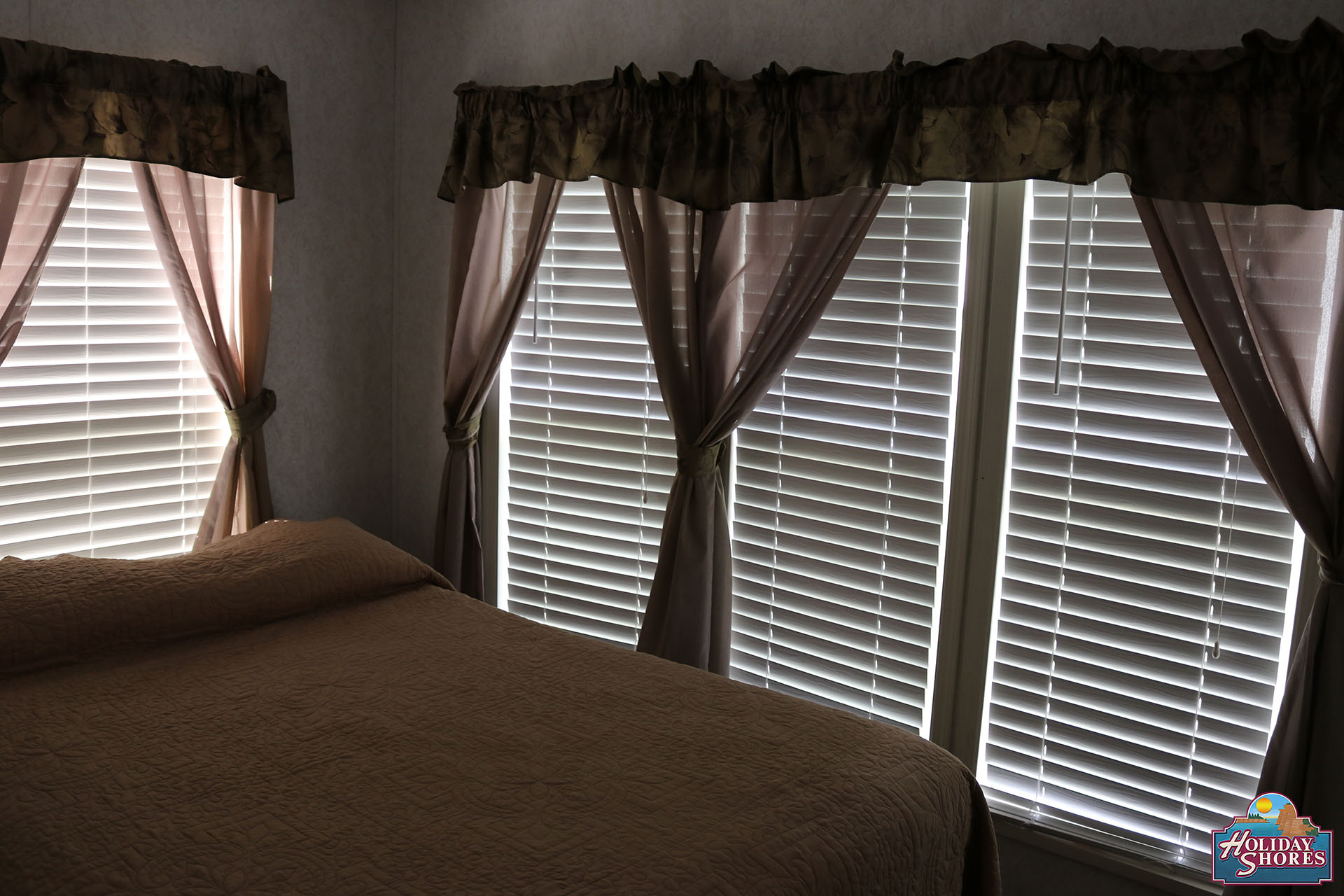 Holiday Shores Park Model Bedroom