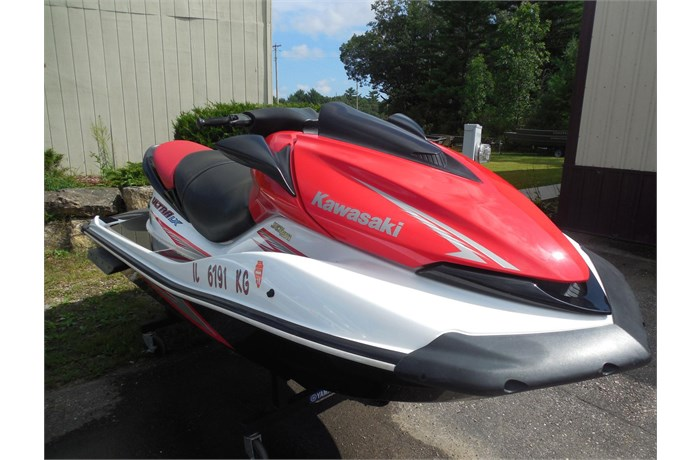 holiday-shores-jet-ski-sale